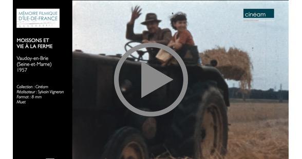 Vaudoy-en-brie (Seine-et-Marne),  1957 Moisson et vie à la ferme