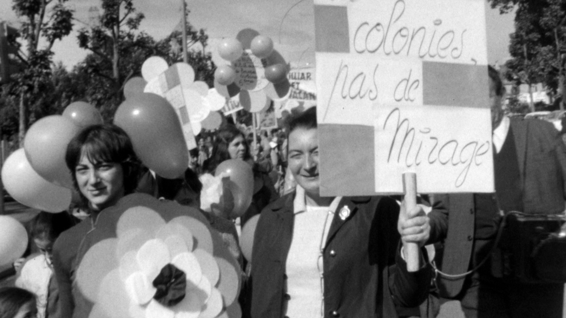 CineA-1971-605-ManifMeresFa-A